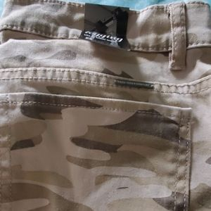 Brand new camouflage pants